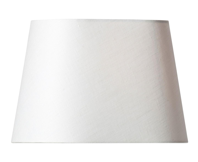Watt & Veke Basic Oval Lampskärm Vit 26cm